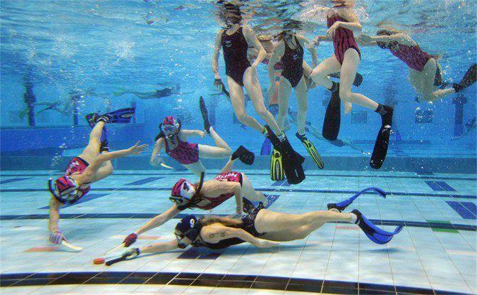 Underwater Hockey Images
