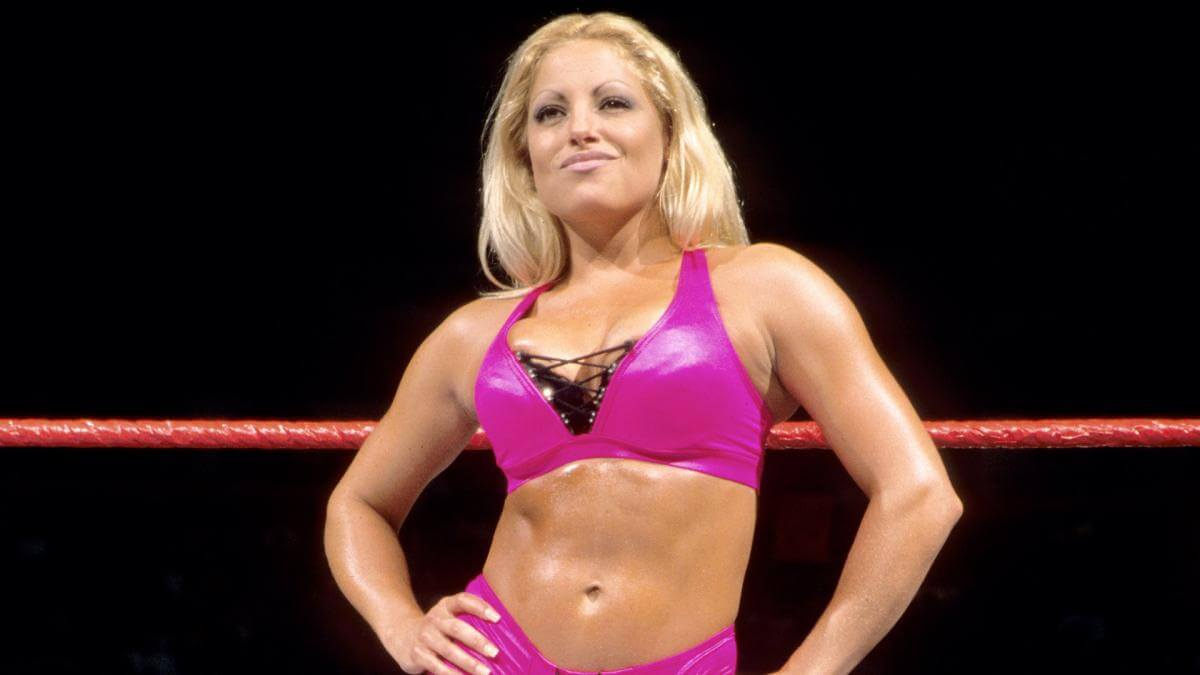 Trish-Stratus , WWE superstars as RAW manager