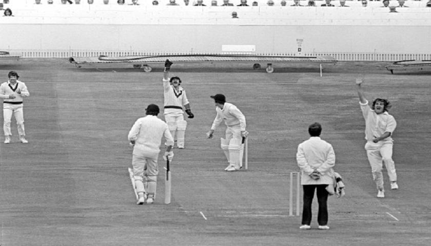 1st semifinal: England vs Australia (18 June 1975)