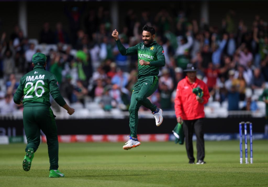 pakistan-beat-england-by-14-runs