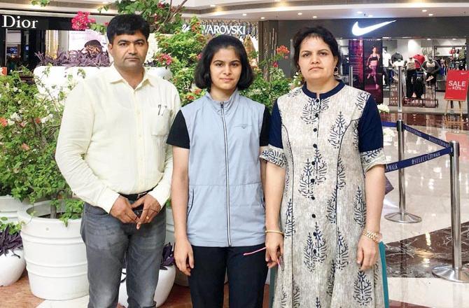 Manu Bhaker family