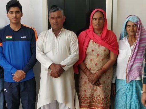 Saurabh Chaudhary family