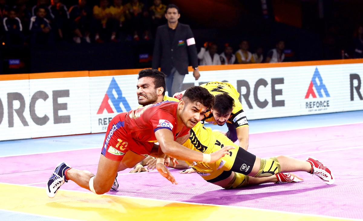 Telugu Titans vs Dabang Delhi